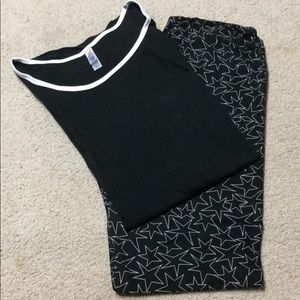 Lularoe TC leggings with Stars & classic tee 2XL